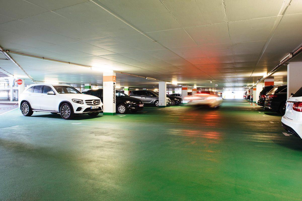 parkhaus carl benz center, stuttgart - stuttgarter heimschutz